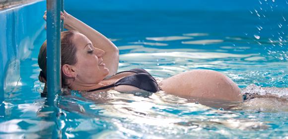 7-Aquagym-femme-enceinte-large